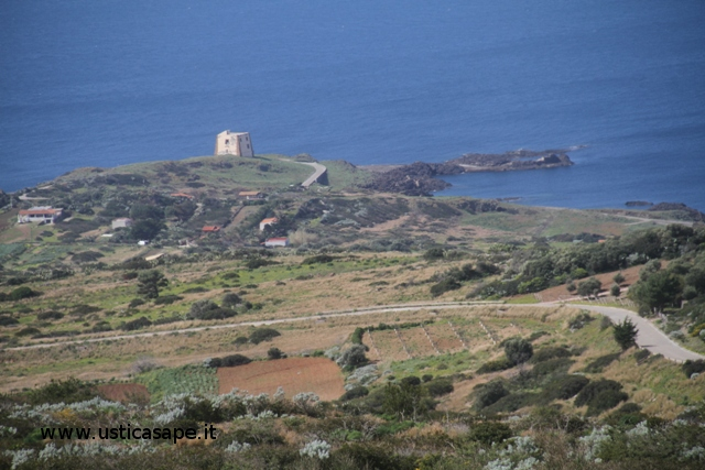 Ustica, Torre Punta Spalmatore