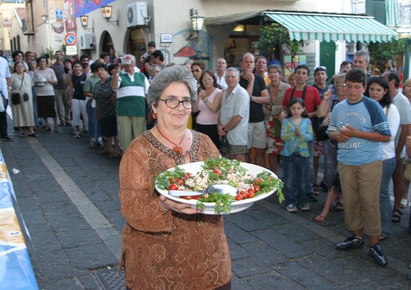 Ustica, prelibato piatto preparato da Maria Cristina Natale