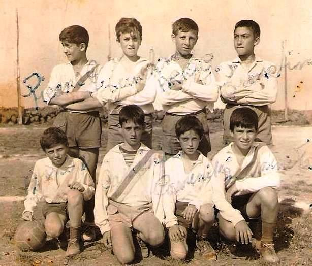 Ustica, i magnifici otto giocatori di calcio