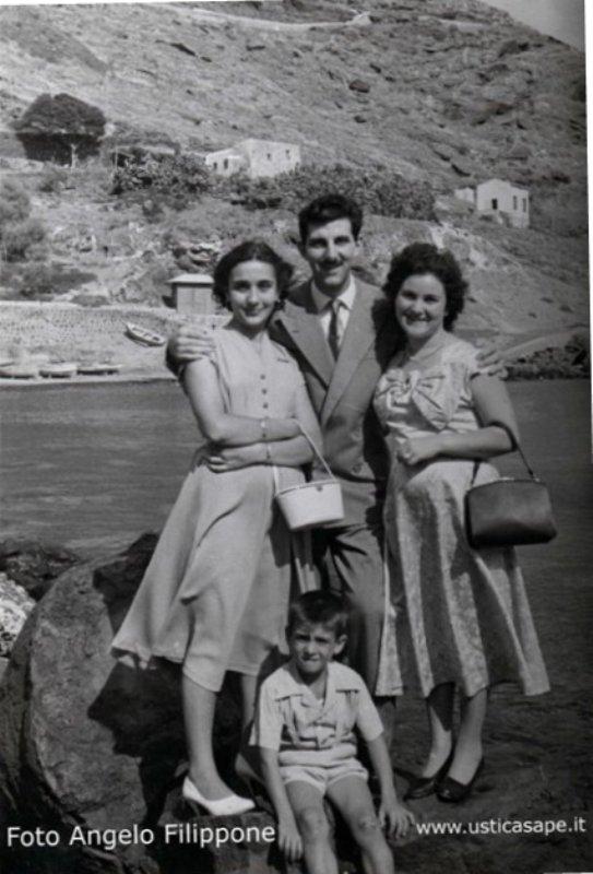 Ustica, Famiglia Filippone