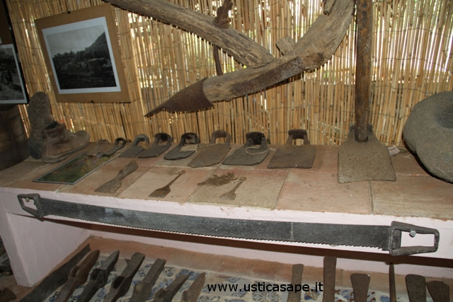 Ustica, Piccola Mostra attrezzi agricoli