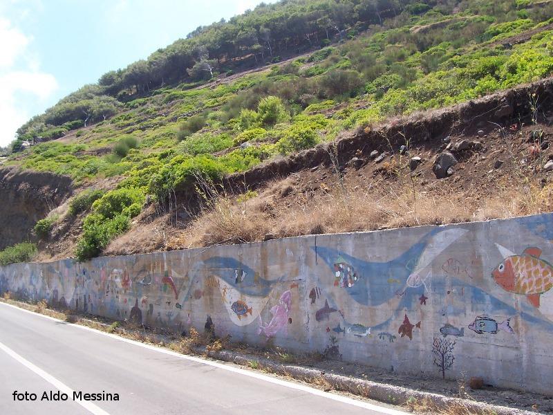Ustica, murales discesa Passo della Madonna