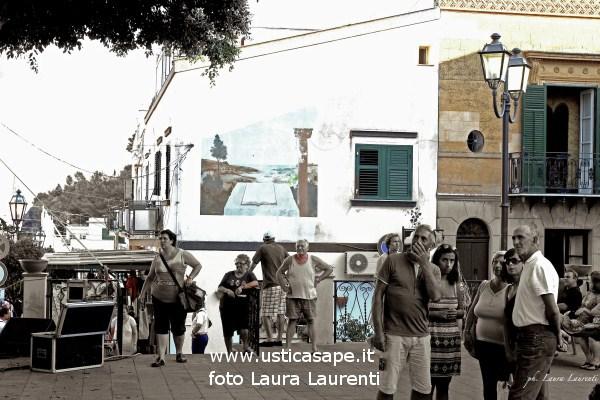 Ustica, angolo della piazza