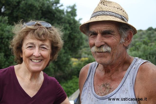 Ustica, foto ricordo - Marlene e Cola