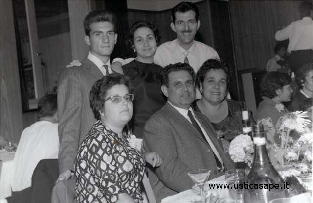 Ustica, festeggiamenti anniversario di matrimonio