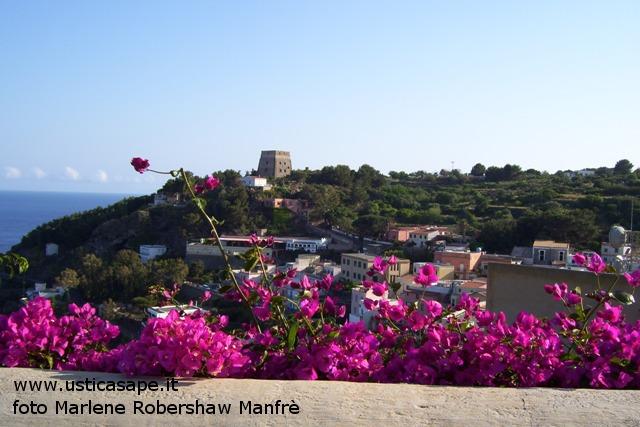 Ustica, Torre Santa Maria vista dal Calvario