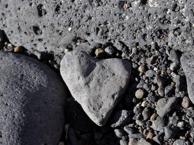 Ustica, la battigia degli innamorati