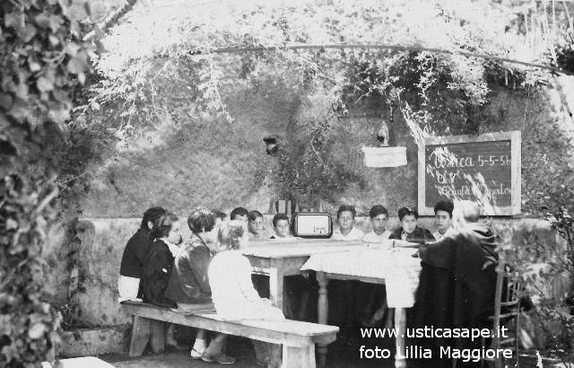 Ustica, l'ora di Religione con Padre Marcello