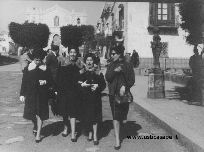 Ustica, Foto della domenica dopo la Santa Messa