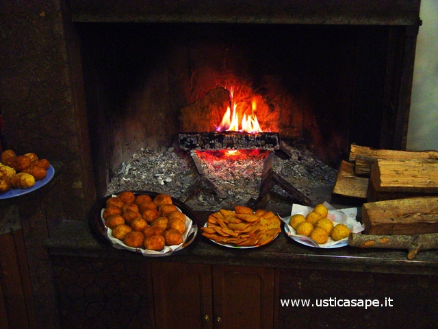Arancine e panelle in attesa delle pizze