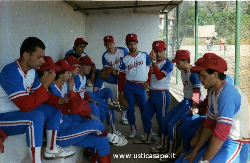 Ustica, baseball