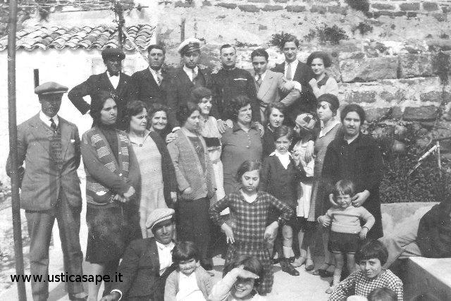 Ustica, Foto ricordo di gruppo