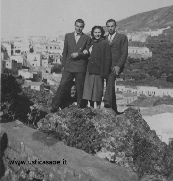 Ustica, foto della domenica con panorama