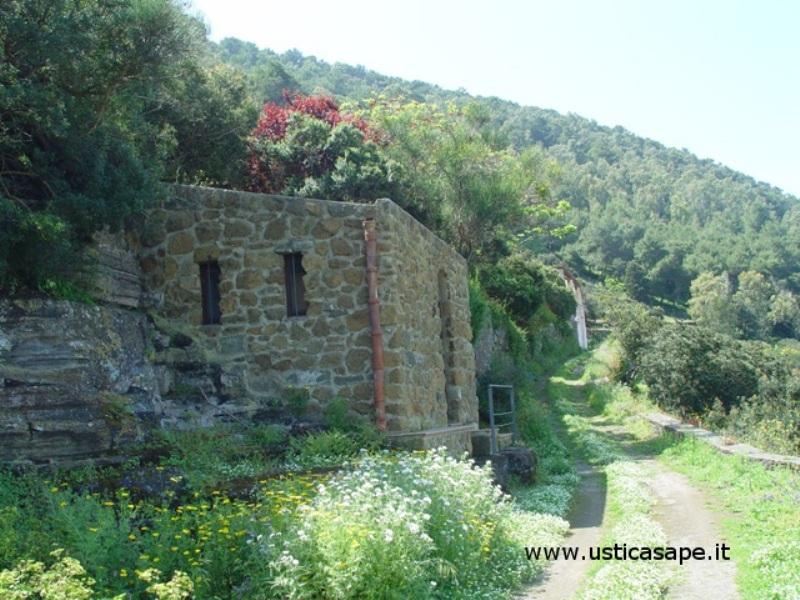 Ustica, Zona Carbonara