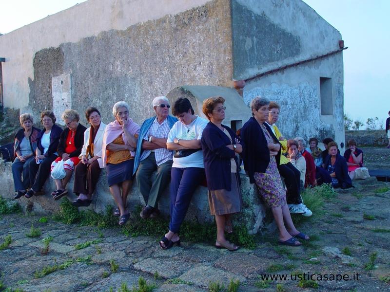 Ustica Falconiera 4 settembre - Santa Rosalia - aspettando l'alba in preghiera