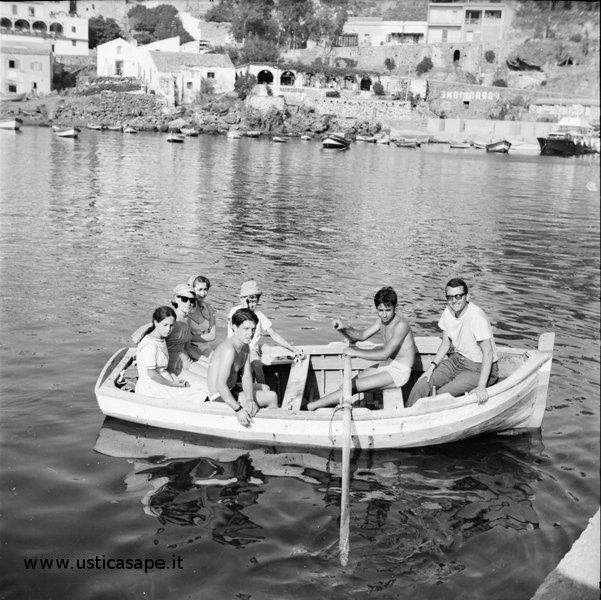 Ustica, gita, barca