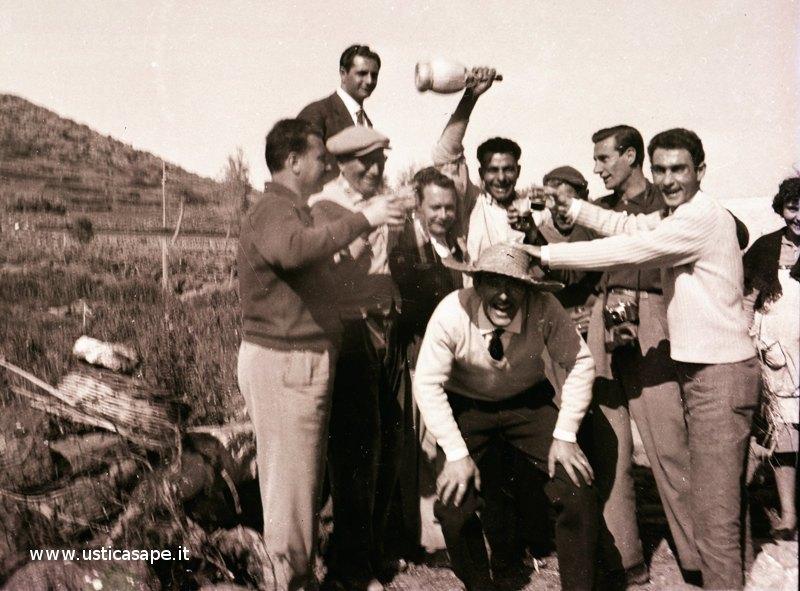 Ustica scampagnata anni 60 - Bastava poco per divertirsi