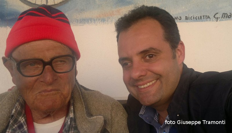 Ustica, foto ricordo con Camillo