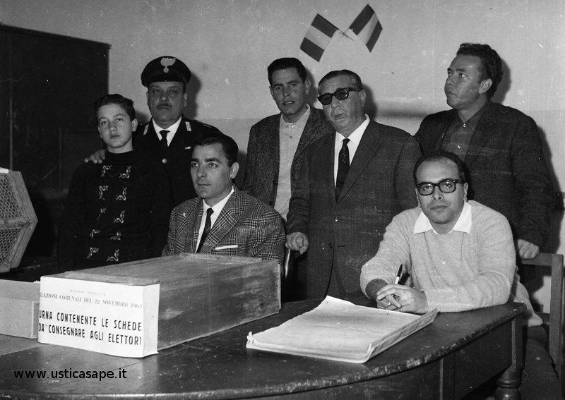 Ustica, seggio elettorale
